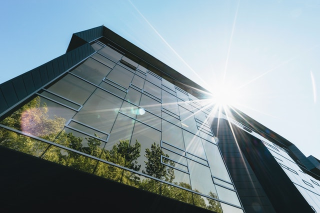 You don't have to know how to negotiate a commercial lease on your own, the brokers at Transworld Commercial Real Estate can help.